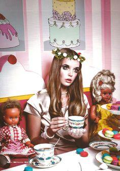 Donna Models - Tokyo - Alexandra Smit Portfolio Frankfurt, Maine, Circus Fashion, Broken Doll, Photography Themes, Models, Doll Face, Vintage Dolls, Couture Fashion