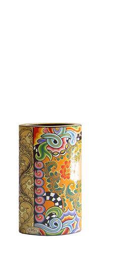 Schöne, handbemalte Vase von Toms Drag Art. Erhältlich in drei verschiedenen Größen bei AMARU Design