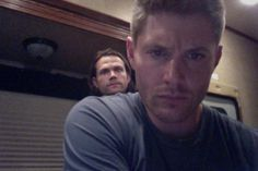 Jensen Ackles @JensenAckles Aug 28  Trying to figure out Twitter and I'm noticing an odd growth on my shoulder. #Weird pic.twitter.com/wT96G7Sd5g