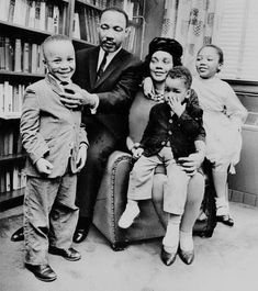 f56f26839d7afbee2413171623215e02 Images of the Martin Luther King's Family We Love
