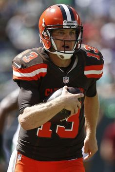 Josh McCown Browns | RUTHERFORD, NJ - SEPTEMBER 13: Josh McCown #13 of the Cleveland Browns ...