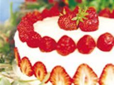Receita de Bolo com morango - bolo e enfeite com os morangos. © Ondiet - Todos os direitos reservados ...