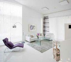 Moderni, valoisa sisustus, jossa kaunis tila pääsee hyvin oikeuksiinsa. #etuovisisustus #olohuone #isku
