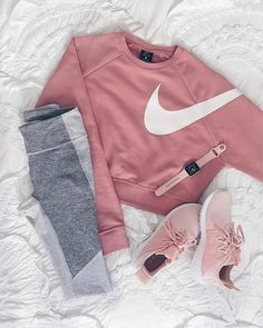 64 Super Ideas For Sport Outfit Winter Sporty Chic Sport Outfits, Trendy Outfits, Fall Outfits, Cute Legging Outfits, Cute Sporty Outfits, Women's Nike Outfits, Leggings Outfit Summer Casual, Casual Pants, Grey Leggings Outfit