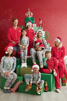 Festive new personalized family pajamas in more designs than Santa has elves – perfect for your family photos. Shop holiday favorites at Chasing Fireflies. Funny Family Christmas Photos, Christmas Photo Props, Xmas Photos, Christmas Backdrops, Christmas Portraits, Christmas Mini Sessions, Family Christmas Pajamas, Christmas Minis, Christmas Humor