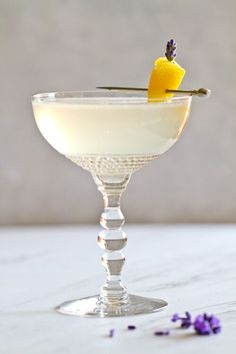 ... this Lavender French 75 cocktail that's ideal for summer celebrations