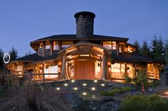 Cool log home