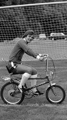 Box Canvas Print (other products available) - Ray Wilkins, Chelsea FC captain, gets some leg exercise on a chopper bicycle, at the club& Morden training ground. - Image supplied by Chelsea Football Club - inch Box Canvas Print made in the UK Chelsea Fc, Chelsea Football, Football Soccer, College Football, Football Odds, Retro Football, Vintage Football, Ray Wilkins, Raleigh Chopper