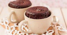 Recette de Gâteau au chocolat sans beurre ni huile au micro-ondes façon mug cake. Facile et rapide à réaliser, goûteuse et diététique.