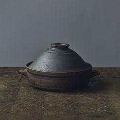デザインのいい冬の土鍋10選。作家もの、ひとり鍋、IHで使える鍋も。 | カーサ ブルータス Casa BRUTUS