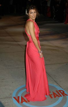 Jennifer Esposito Blue Bloods, American Actress, Lady In Red, Red Carpet, Pin Up, Sari, Celebs, Actresses, Female