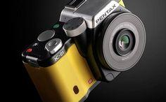Pentax K01. Pentax s'associe avec le designer Mark Newson pour son nouvel hybride. http://lecollectif.orange.fr/gadgets/pentax-k01  #innovation #photographie