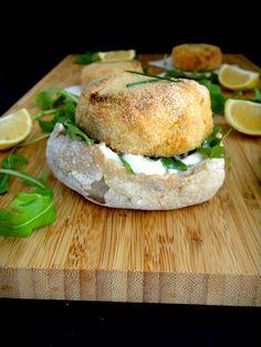 RAPA TACHOS: Bolinhos de salmão & batata doce com cebolinho e limão