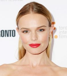 Kate Bosworth's Flawless Complexion + Long Lashes + Bold Red Lip + Center-Part #celebs #beautyinthebag #flawlessSkin