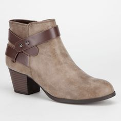 http://www.tillys.com/tillys/browse/Category-Women-Shoes-Boots/_/N-8bd?Nrpp=48