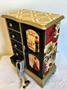 Downton Abbey Chest Crate Vintage Antiqued Wooden Box