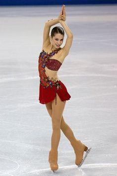 Figure Skating Dress Figure Skating Moves, Figure Skating Costumes, Ice Dance Dresses, Figure Skating Dresses, Beautiful Athletes, Beautiful Figure, Dance Costumes, Leotards, Body