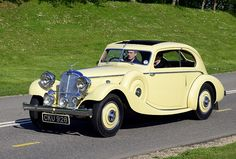 Retro Cars, Vintage Cars, Antique Cars, Classic Chevy Trucks, Classic Cars, Coventry, Triumph Motor, Veteran Car, Yellow Car