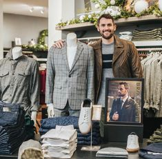 Kevin Love, Breast, Suit Jacket, Suits, Jackets, Fashion, Down Jackets, Moda, Fashion Styles