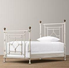 19th C. Quatrefoil Iron Bed