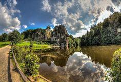 Externsteine, Horn-Bad Meinberg, Alemanha | Um Lugar da Terra
