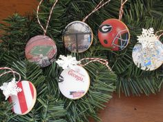 Dorm Crafts: Glossy College Christmas Ornaments: Finishing Your College Themed Ornaments