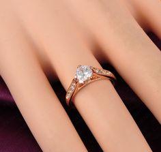 Anillo promesa de amor de compromiso que puede ser en oro blanco, amarillo o rosa.