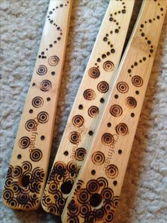 Wood Burned Bamboo Spoons. This is a good example of what those standard screw in tips can give you for your money. You can also see that this must be an early job because the burns are pritty uneven. Still you've gotta be in to win it & just thinking about won't get it done either! Well done ;)