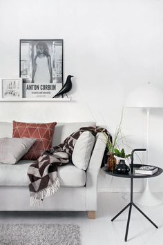 HAY - Dont leave me table and Eames House Bird Ornament