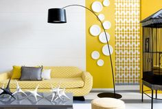 INTERIOR: YELLOW TOUCH.