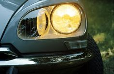 Citroen DS turning head lamps