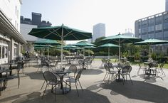Starlight Beer Garden - Nihonbashi - Rootop of Takashimaya Nihombashi, 2-4-1 Nihombashi, Chuo-ku, Transport:Nihombashi station. Never mind that it's been open since 1933: it took until 2010 for Nihombashi's Takashimaya department store to surrender to the inevitable and open a rooftop beer garden. claims to be modelled on an Irish pub, though you'll have to make do with Bass Pale Ale (¥500 per half pint) and fish & chips in lieu of anything from the Emerald Isle.