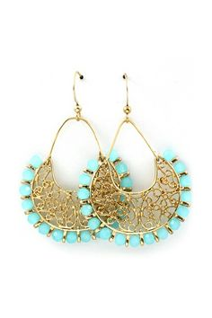 Lovely turquoise chandelier earrings... emmastine.com