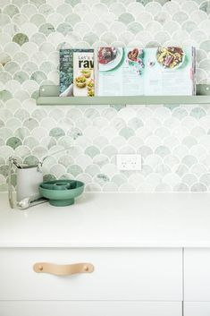 We Confess These 8 Green Kitchen Backsplash Ideas Are Making Us Downright Envious Hunker Modern Farmhouse Kitchens, Farmhouse Kitchen Decor, Kitchen Splashback Tiles, Mosaic Kitchen Backsplash, Splashback Ideas, Mosaic Bathroom, Blue Green Kitchen, Mermaid Tile, Glass Kitchen