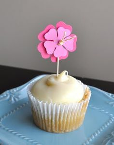 luau party cupcake toppers