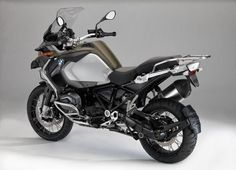 BMW-R-1200-GS-Adventure-2014-Rear-Side