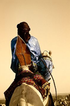 Reason for Tuareg saddle, Festival au Dessert, Essakane African Empires, Camels, African Culture, People Of The World, Golden Age, West Coast, Roots, Stamps, History