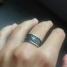 NWT 925 sterling silver sizable ring This is a brand new 925 sterling silver ring size 5, but it is sizable as you can see in picture 3. Excellent conditions! Italian Jewlers  Jewelry Rings