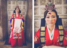 traditional Korean wedding gown