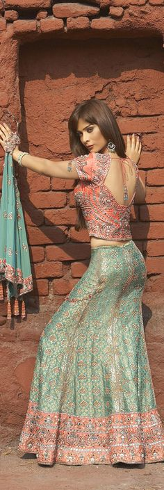 indian bridal lehenga - know about indian culture and visit india with us get best and cheap tour deal