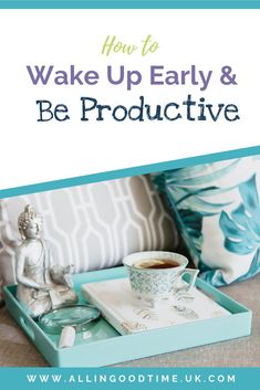 Learn how to wake up early and be productive. Discover the secrets to waking up early. These practical ways to wake up will help you be a morning person. Productive Things To Do, Productive Day, Ways To Wake Up, How To Wake Up Early, Miracle Morning, Evening Routine, Life Styles, Getting Up Early, Time Management Tips