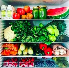 19 Pictures Of Organized Refrigerators That Are Basically Porn To Type-A People