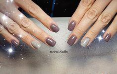 Colori autunnali in arrivo .... #nail #fashion #glitter #nailartist #fashionnails #gelnail #love