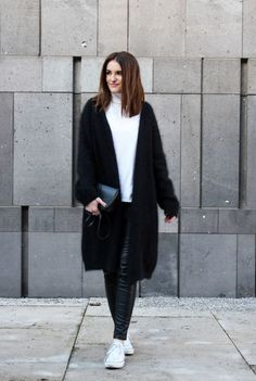 black and white outfit, fall look, angora cardi, cos cardigan, white chucks converse, minimal style, streetstyle, worry about it later, lookbook, clean black outfit, schwarz weißer look, flauschige weste
