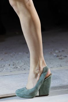 Dries Van Noten Spring 2011 Ready-to-Wear Accessories Photos - Vogue