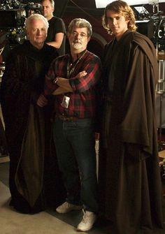Sith lords with George Lucas. - Star Wars Family - Ideas of Star Wars Family - Sith lords with George Lucas. Film Star Wars, Star Wars Cast, Star Wars Love, Anakin Dark Vador, Dark Vader, Harrison Ford, Hugh Jackman, Star Wars Brasil, Photos Rares