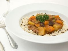 Lamb stew with dried plums - Katniss' favorite