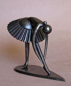 by Jean Pierre Augier [dance sculpture]