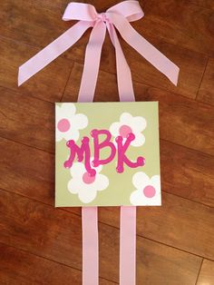 MaLayah hair bow holder