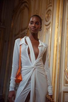 My Yellow Brick Road - glamrockandlove: Backstage at Jacquemus Fashion Week Paris, Runway Fashion, High Fashion, Fashion Show, Fashion Looks, Fashion Outfits, Haute Couture Style, Jacquemus, Do It Yourself Fashion